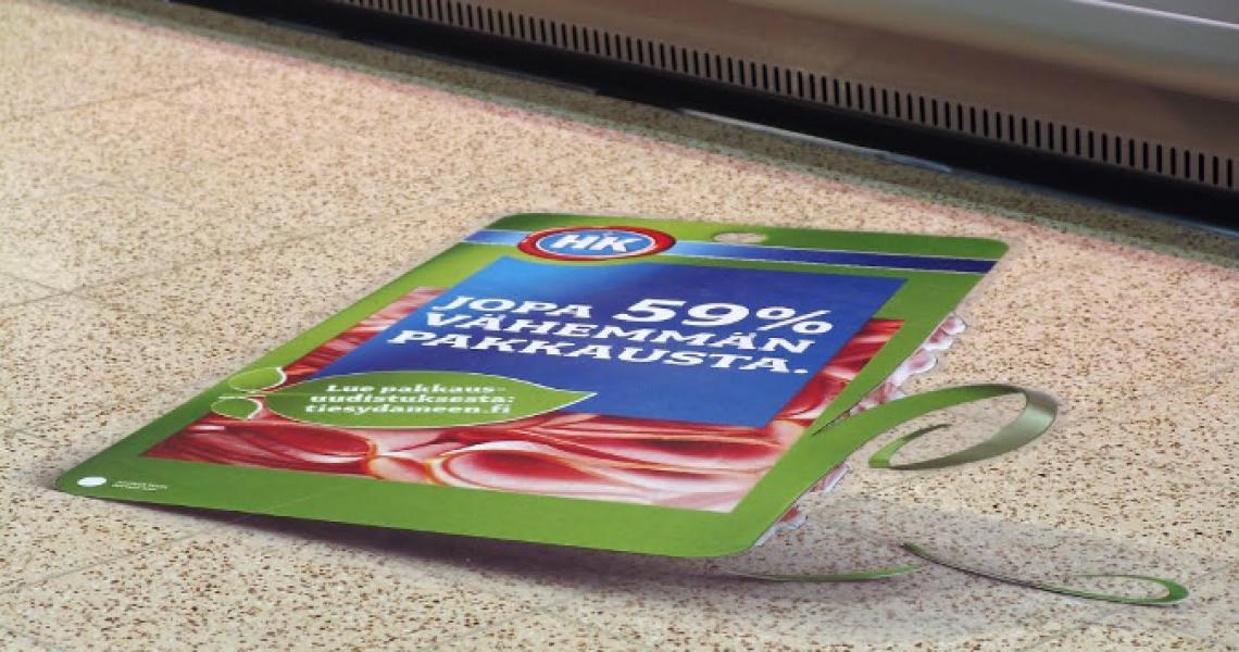 mainos kaupassa lattiatarra päivittäistavaramyymälä myymälä mainos